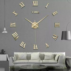 3D GOLD ROMAN Numeral wall clock